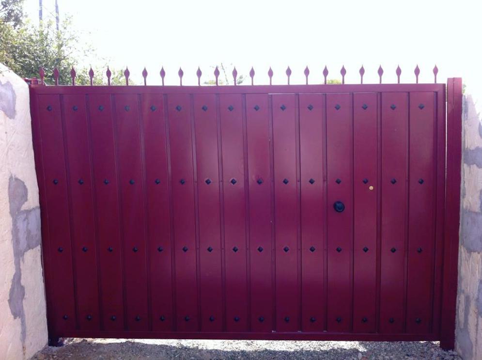 Puertas abatibles marbella cerrajeria sanjuan - Puerta garaje abatible ...