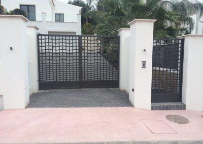 Puertas Garajes Abatible + Puerta Peatonal